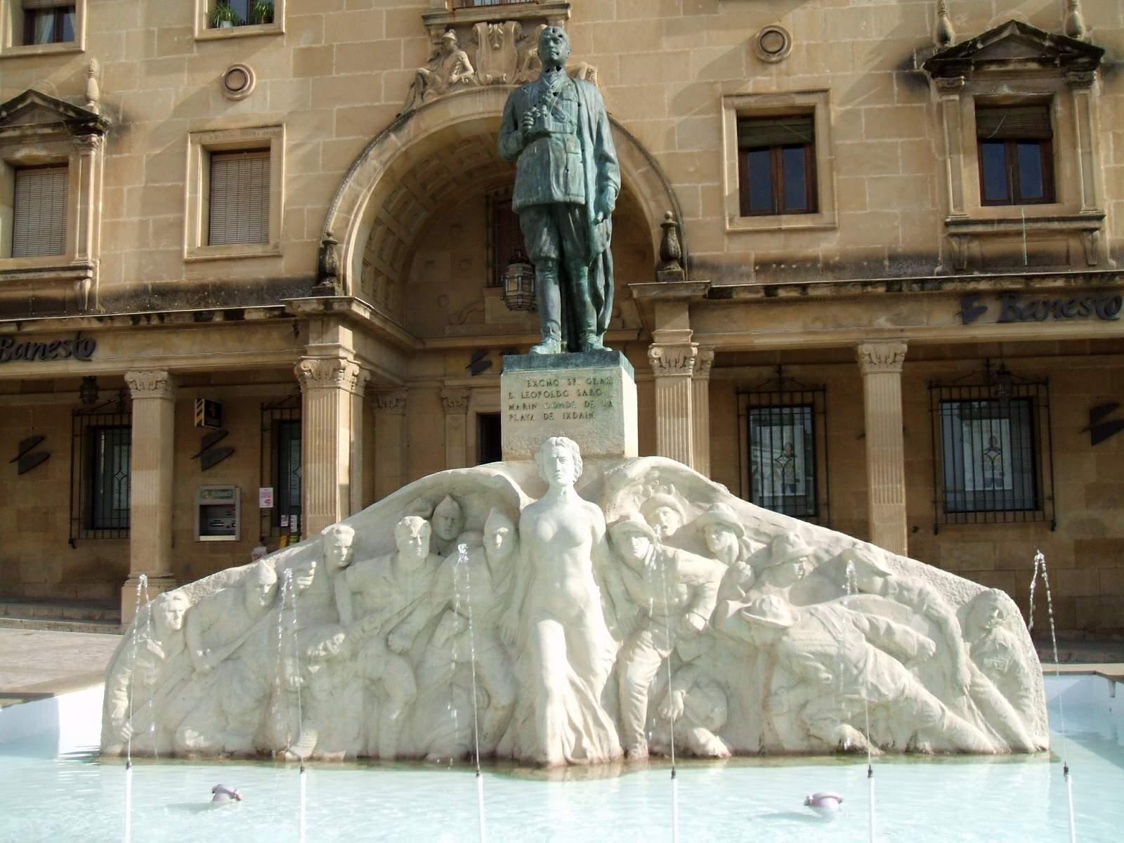 Reubican la estatua de la